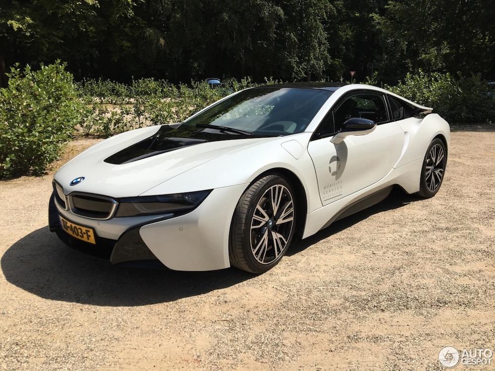 Spot van de dag: BMW i8