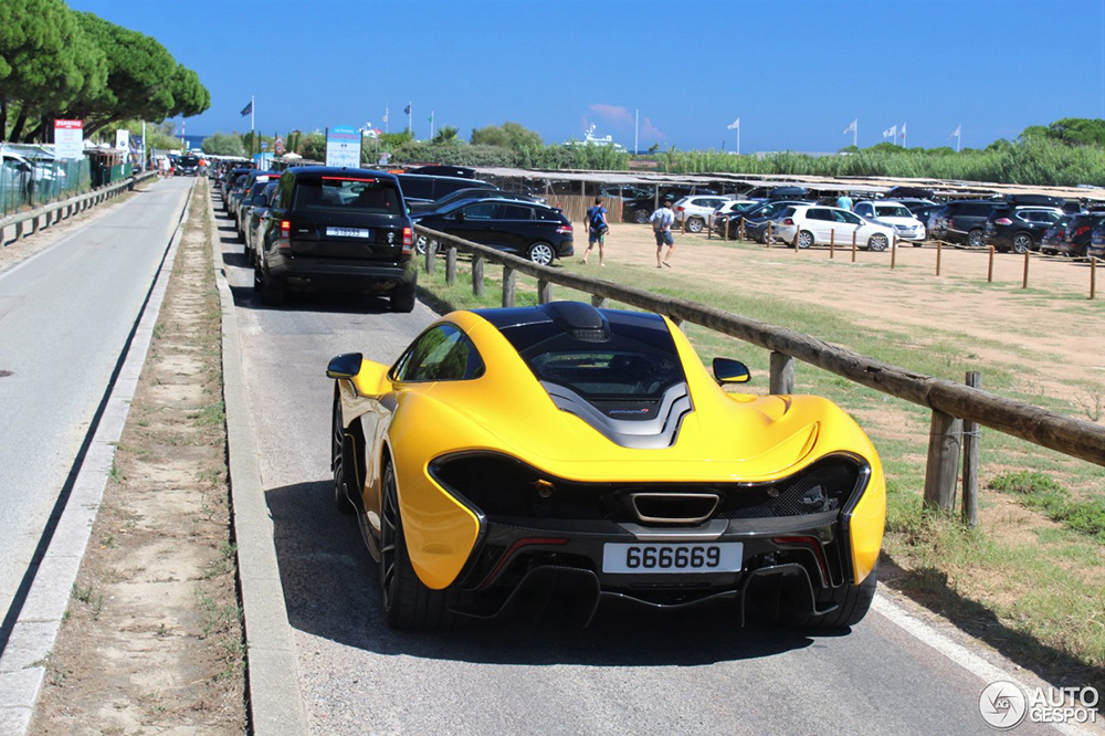 Deze McLaren P1 zagen we nog niet eerder