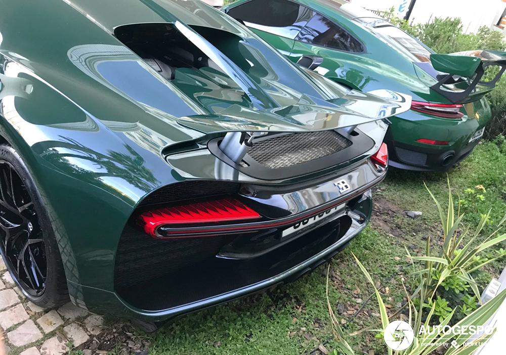Bugatti Chiron Sport matcht net niet met Porsche GT2 RS