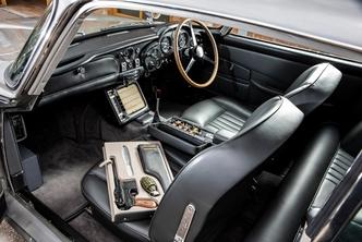 Iconische Aston Martin DB5 heeft een nieuw baasje