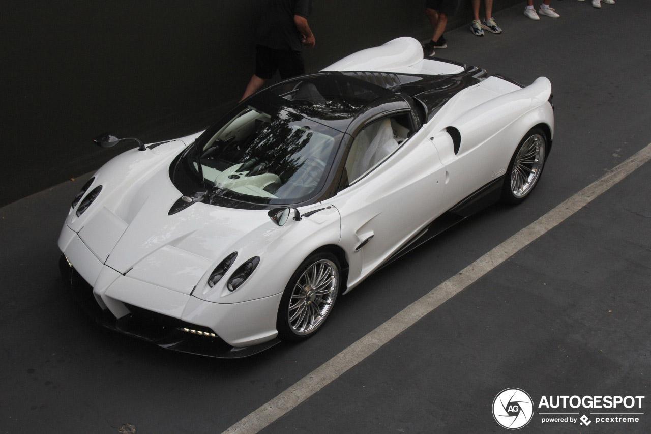 Pagani Huayra Roadster laten we niet ongeroerd