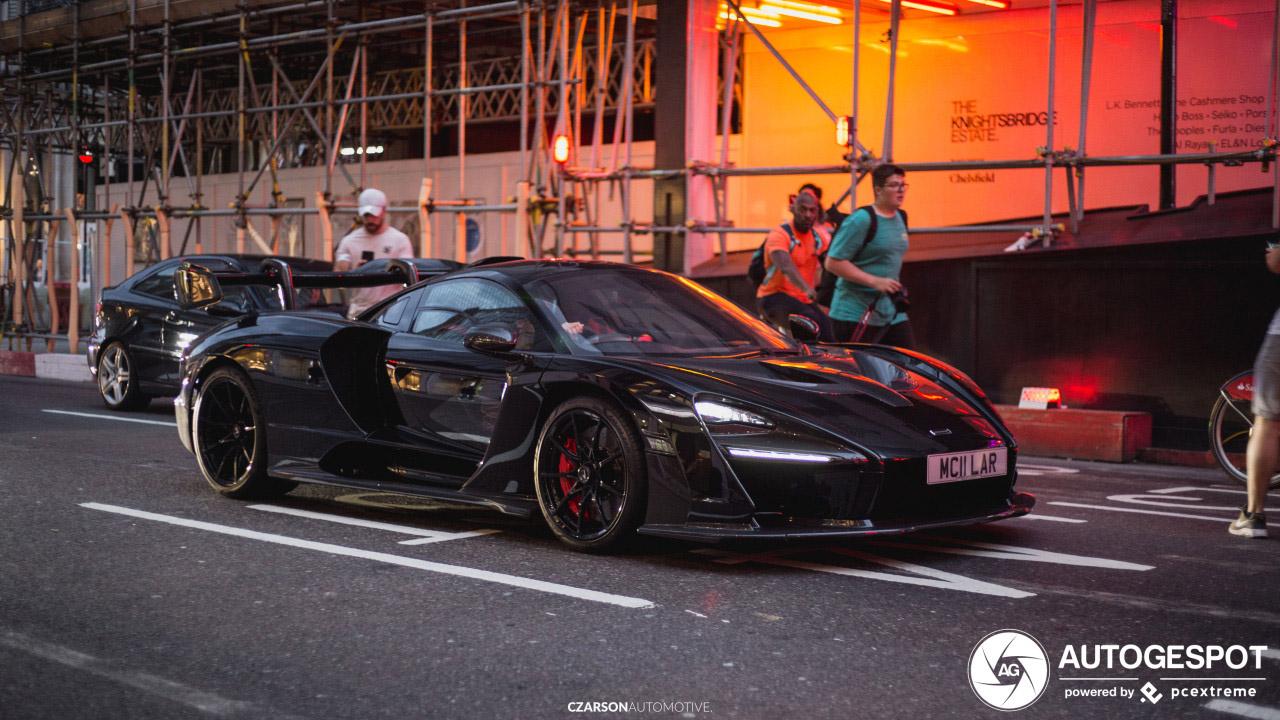 McLaren Senna rijdt als UFO door Londen