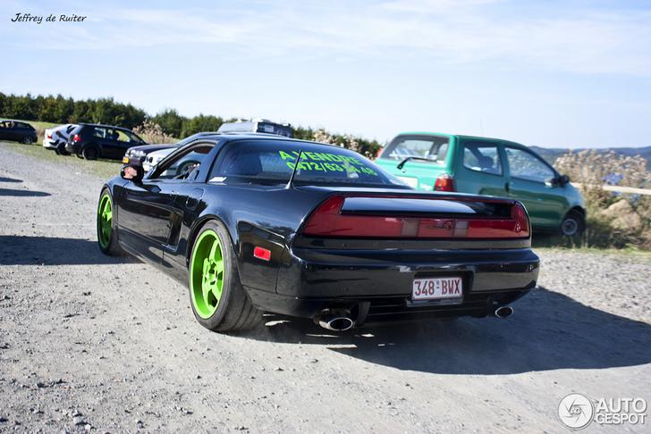 Onderschatte sportwagen kopen? Neem de volgende Acura NSX