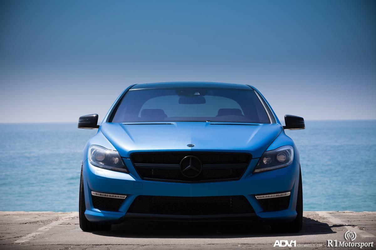 Absolute topper op ADV.1 : Mercedes-Benz CL 63 AMG in matblauw