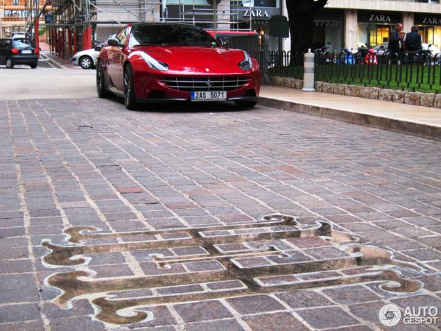 Primeur gespot: Ferrari FF volgens Novitec Rosso
