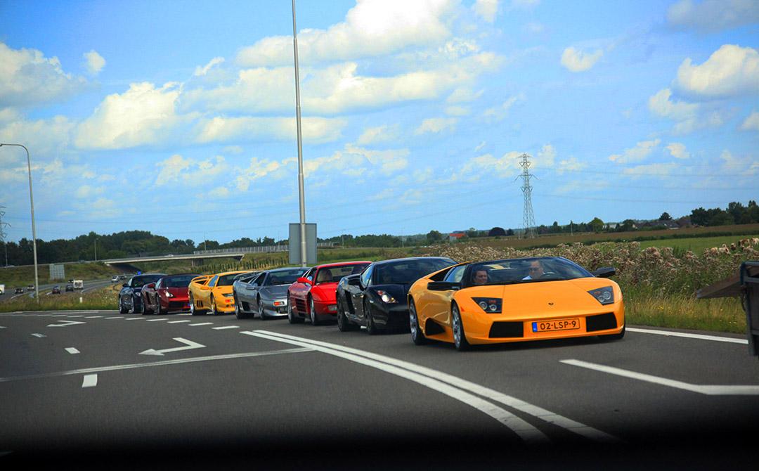 """Fotoshoot met vijf Lamborghini's: """"Een droom voor elke spotter"""""""