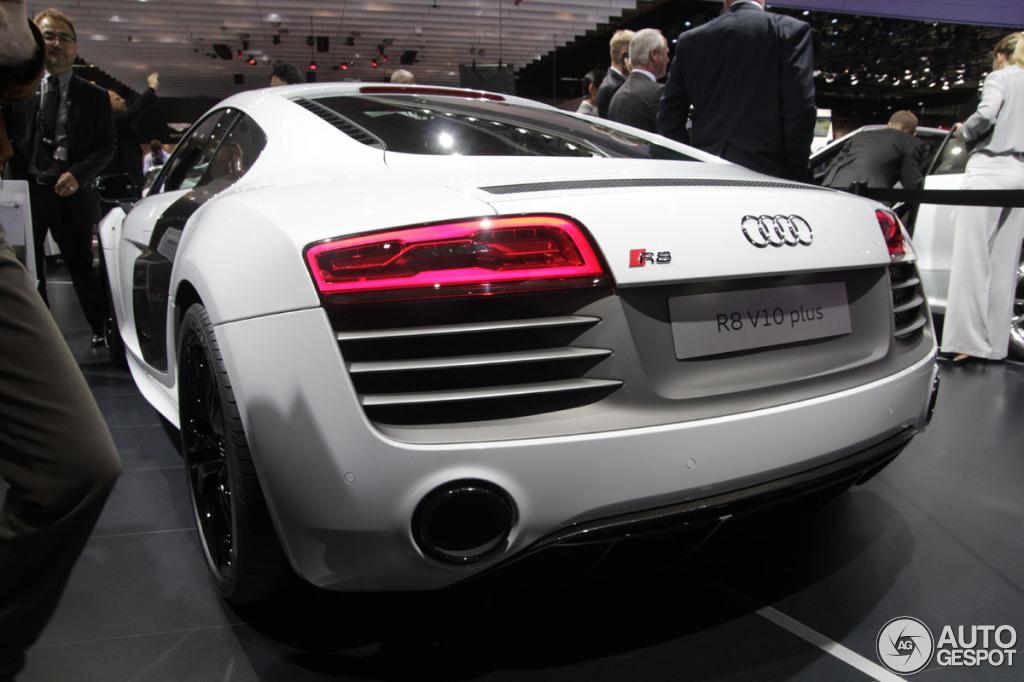 Paris 2012 The Facelifted Audi R8 R8 V10 Plus