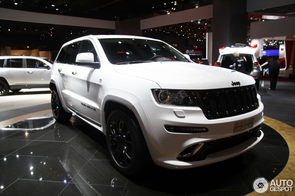 paris 2012 jeep grand cherokee srt 8 limited edition. Black Bedroom Furniture Sets. Home Design Ideas