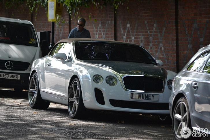 Net een beetje te? Getunede Bentley Continental Supersports Convertible in Londen