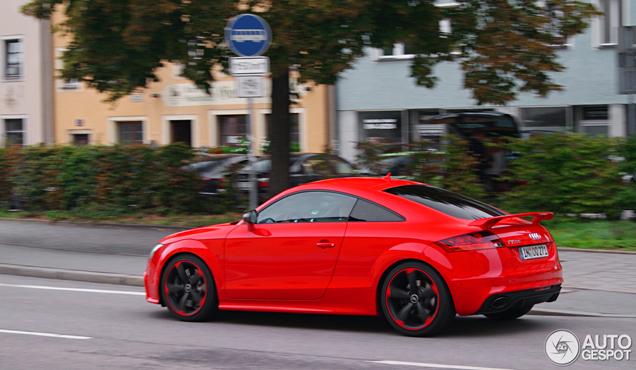 Rode gifkikker: Audi TT-RS Plus