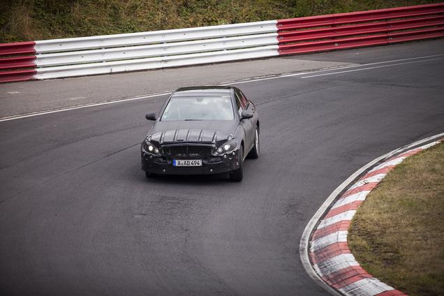 Spyshots: Mercedes-Benz C-Class
