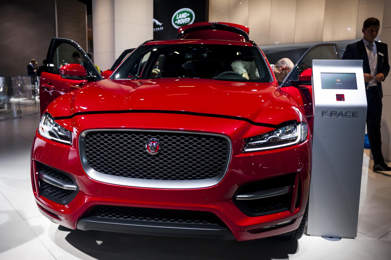 Iaa 2015 Jaguar F Pace