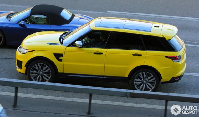 Geel doet Range Rover Sport SVR niet goed
