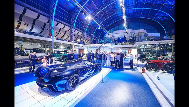 Event: 30 Years of Supercars