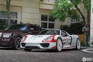 Porsche 918 Spyder looks great in race-livery