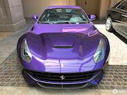 Paars op een Ferrari F12, heiligschennis?