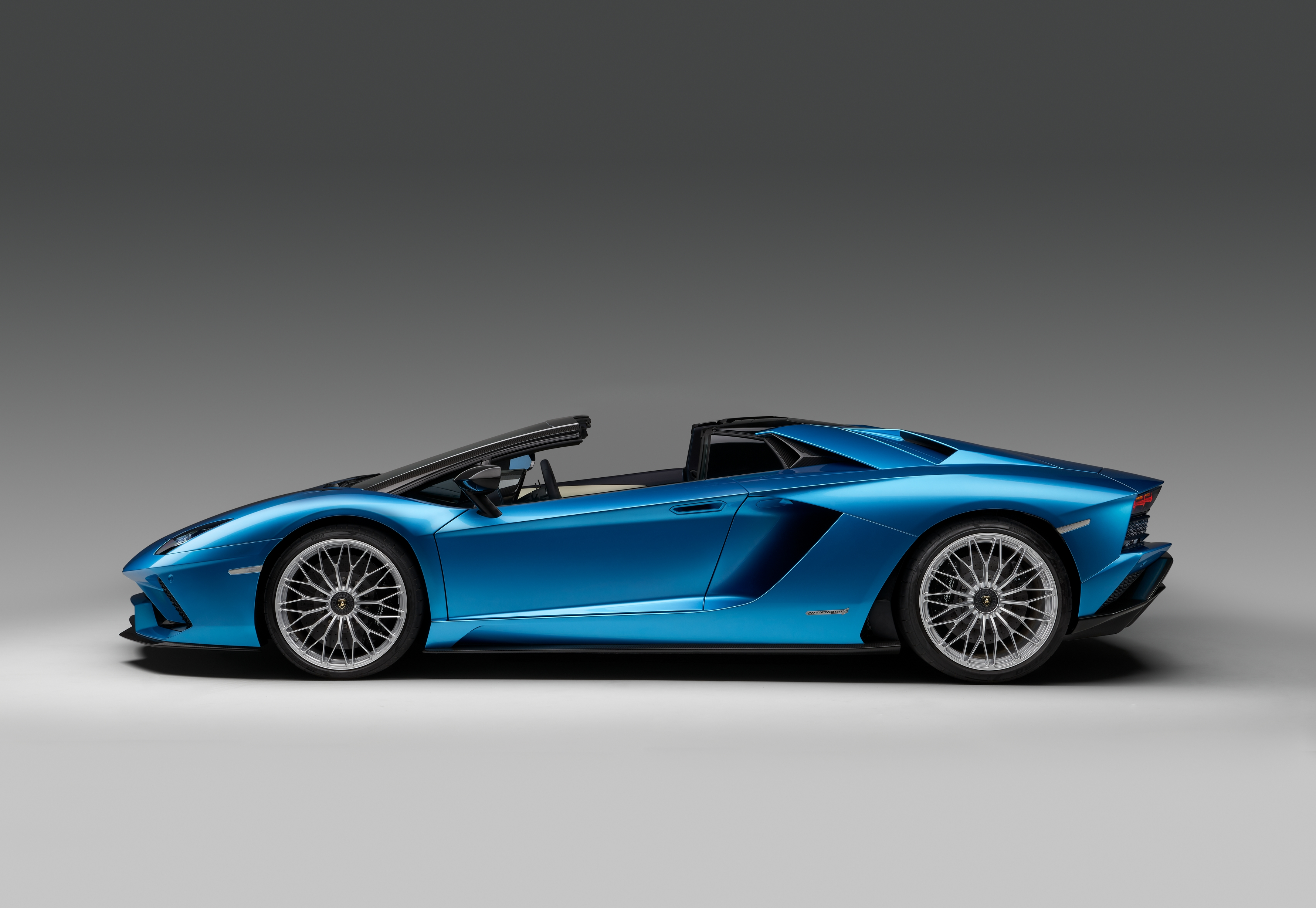 NEW: Lamborghini Aventador S Roadster on lotus elise roof, ktm x-bow roof, fiat 500x roof, bugatti veyron roof, porsche boxster roof, nissan leaf roof, jaguar xj roof, maybach roof, bmw m3 roof, caterham 7 roof, jeep wrangler roof, volkswagen golf roof, dodge ram roof, honda accord roof, ferrari 458 spider roof, ford mustang roof, porsche 918 roof, ariel atom roof, jeep grand cherokee roof, porsche panamera roof,