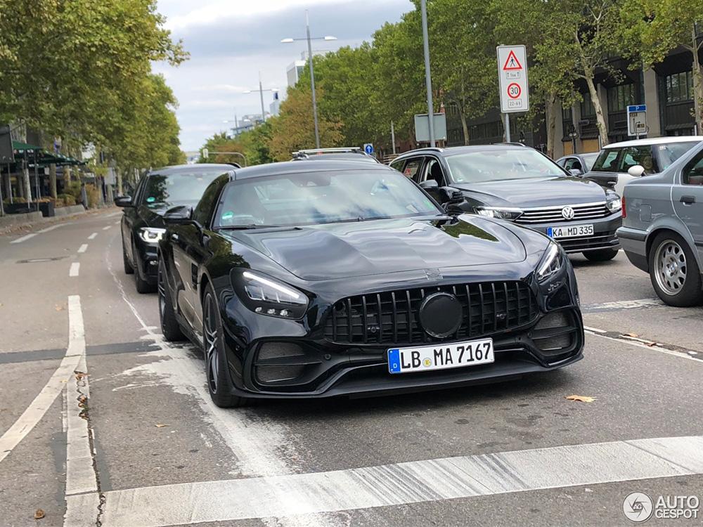Mercedes-AMG GT R Black Series onderweg