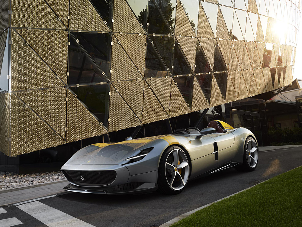 News Flash: The Ferrari Monza SP1 and SP2 unveiled
