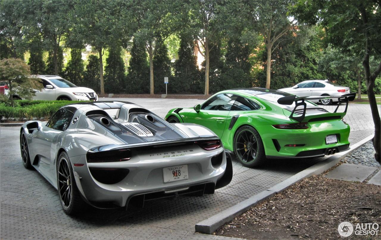 Welke Porsche zou jij hiervan mee naar huis nemen?