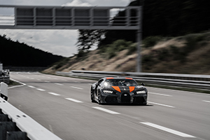 Bugatti breaks speed record with Chiron Prototype