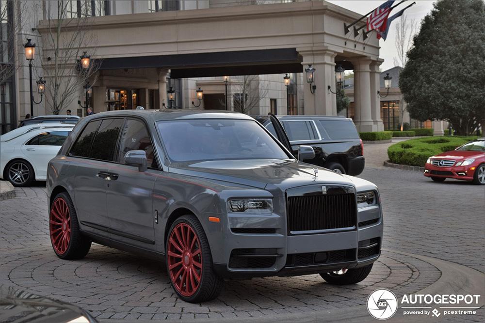 Alle kleuren van de regenboog: Rolls-Royce Cullinan