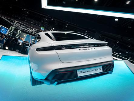 IAA 2019: Porsche Taycan