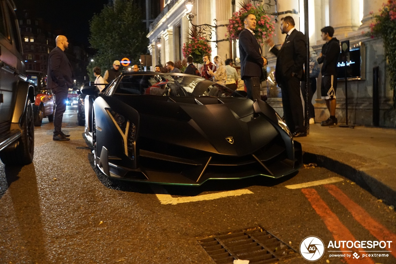 De Lamborghini Veneno, nu te zien in London