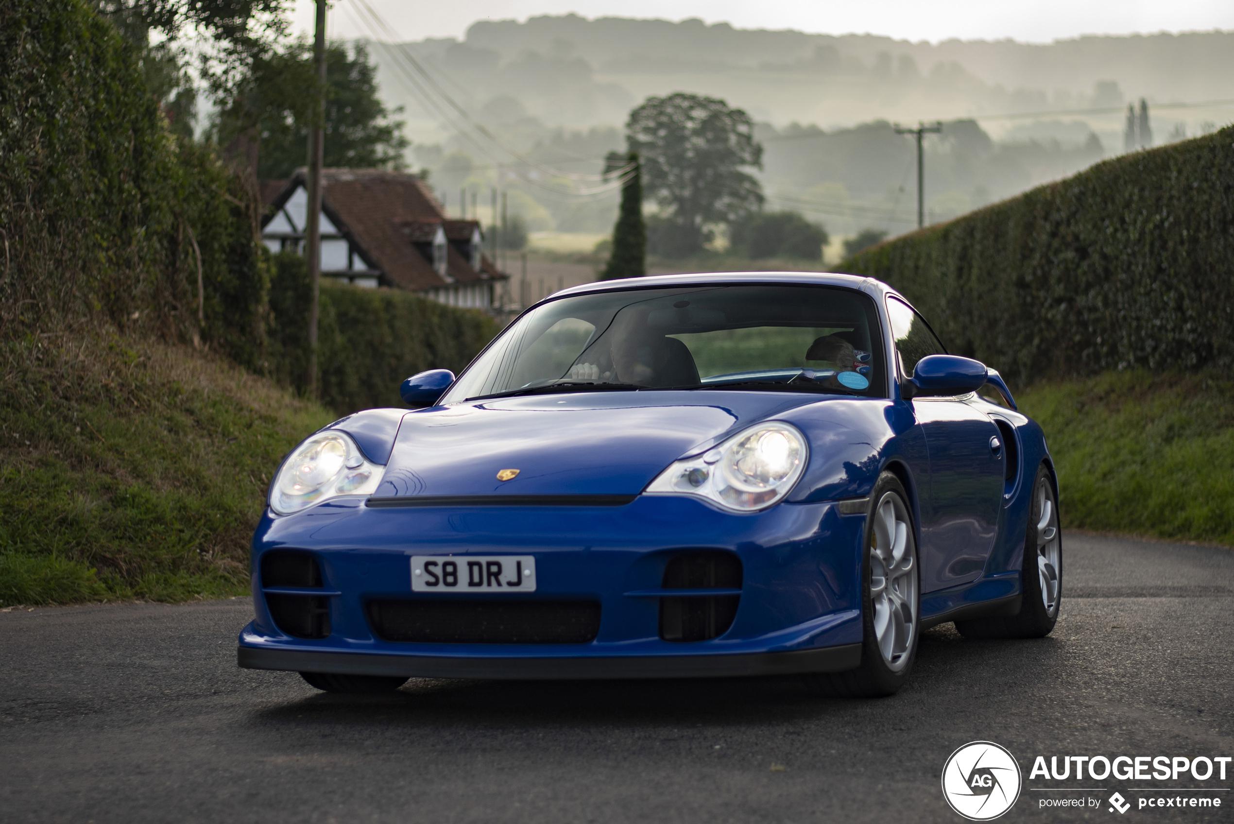 Porsche 996 GT2 pakt terecht de hoofdprijs in Engeland