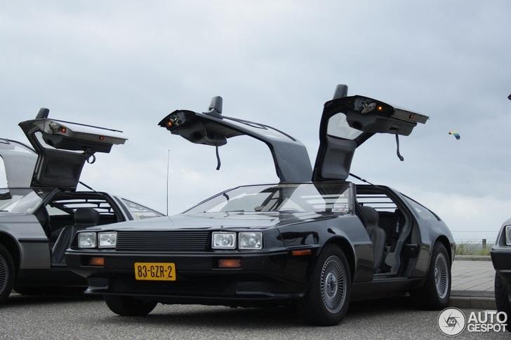 Spot van de dag: Back to the future maal vier!