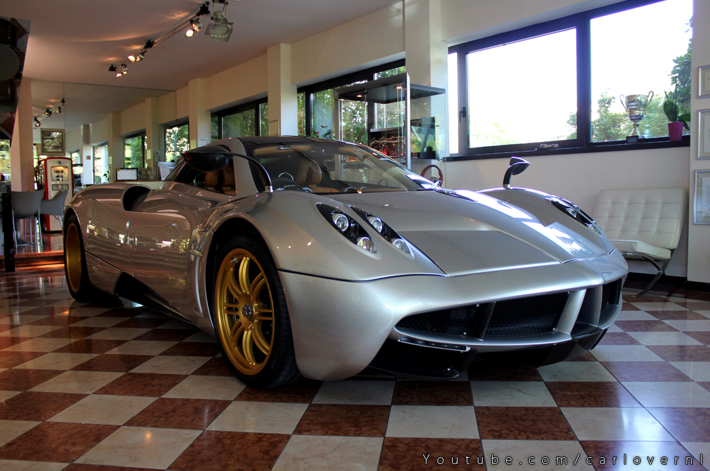 A visit to the Pagani factory!