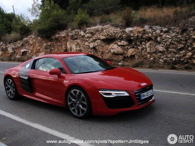 Primeur: Audi R8 V10 2013