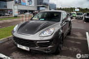 TopCar Vantage GTR2: Porsche Cayenne con personalizzazione russa
