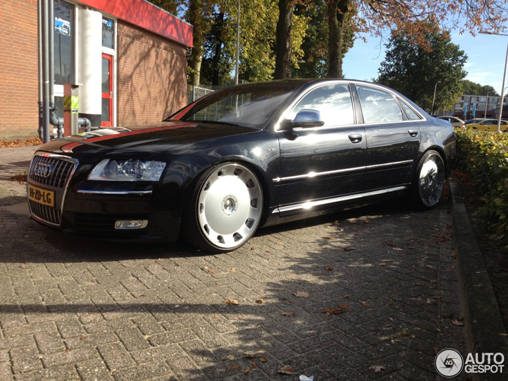 Strange Sighting Audi S8 With Enormous Wheels