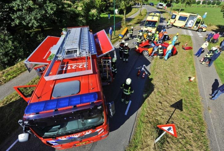 Ferrari F355 Berlinetta laat het leven bij crash in Eersel