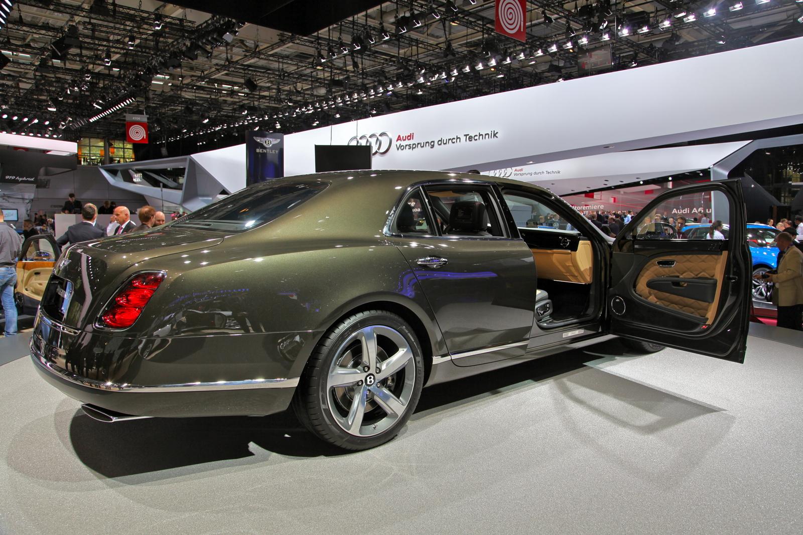 Paris 2014 Bentley Mulsanne Speed