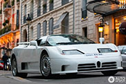 Une superbe Bugatti EB110 GT spottée à Paris