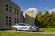 Aston Martin RapidE unter Strom