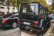 Mercedes Brabus G500 4x4 moet bandje vervangen