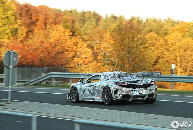 Maakt McLaren van de 675 LT een GT3 raceauto?