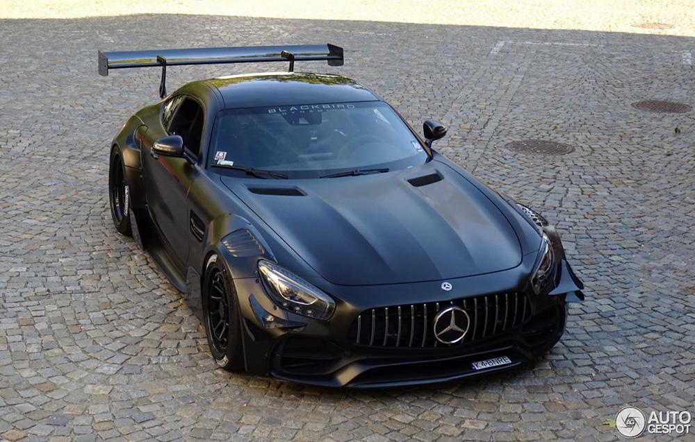 Mercedes-AMG GT S kan zo het circuit op