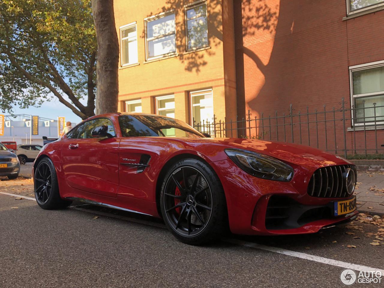 Spot van de Dag: bloedmooie Mercedes-AMG GT R in Zwolle