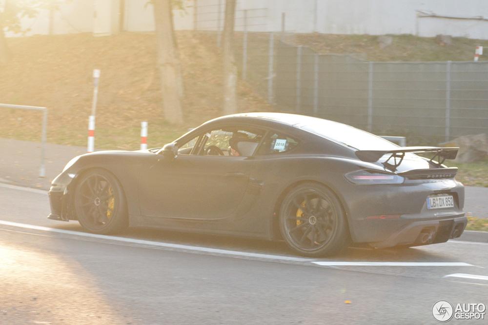 Hete Porsche Cayman GT4 komt eraan