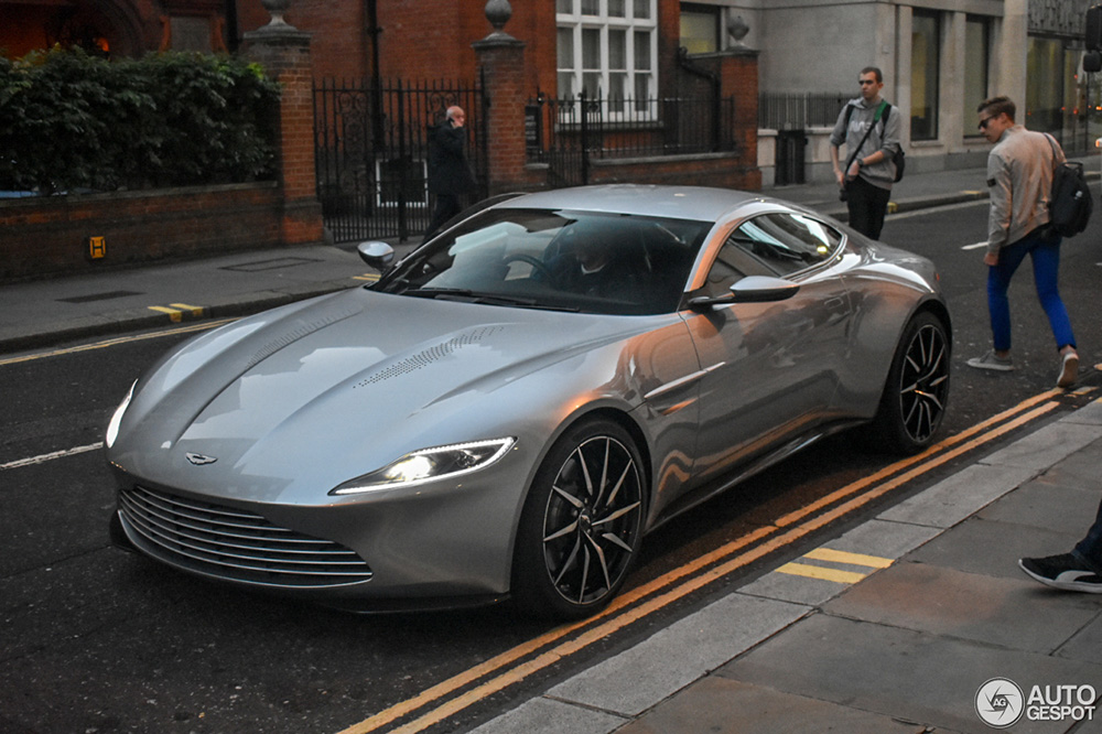 5 Iconic James Bond Cars