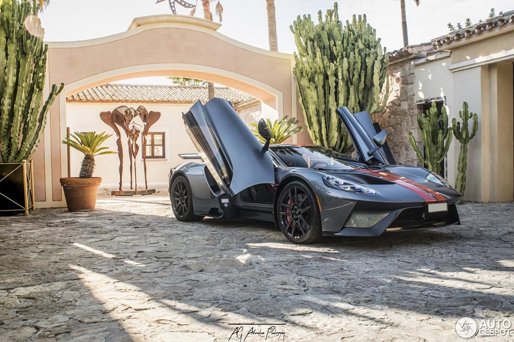 Heerlijke Ford GT duikt op in Spanje,