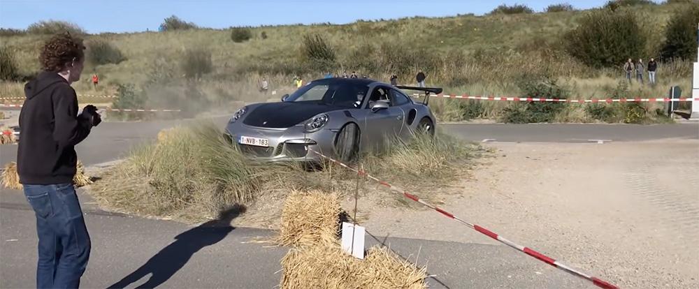 Filmpje: Porsche 991 GT3 RS gaat iets te enthousiast op bocht af