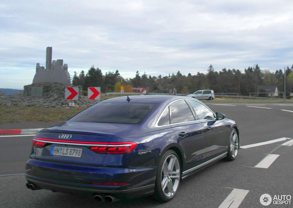 Audi S8 D5 laat zich even zien bij de Nürburgring