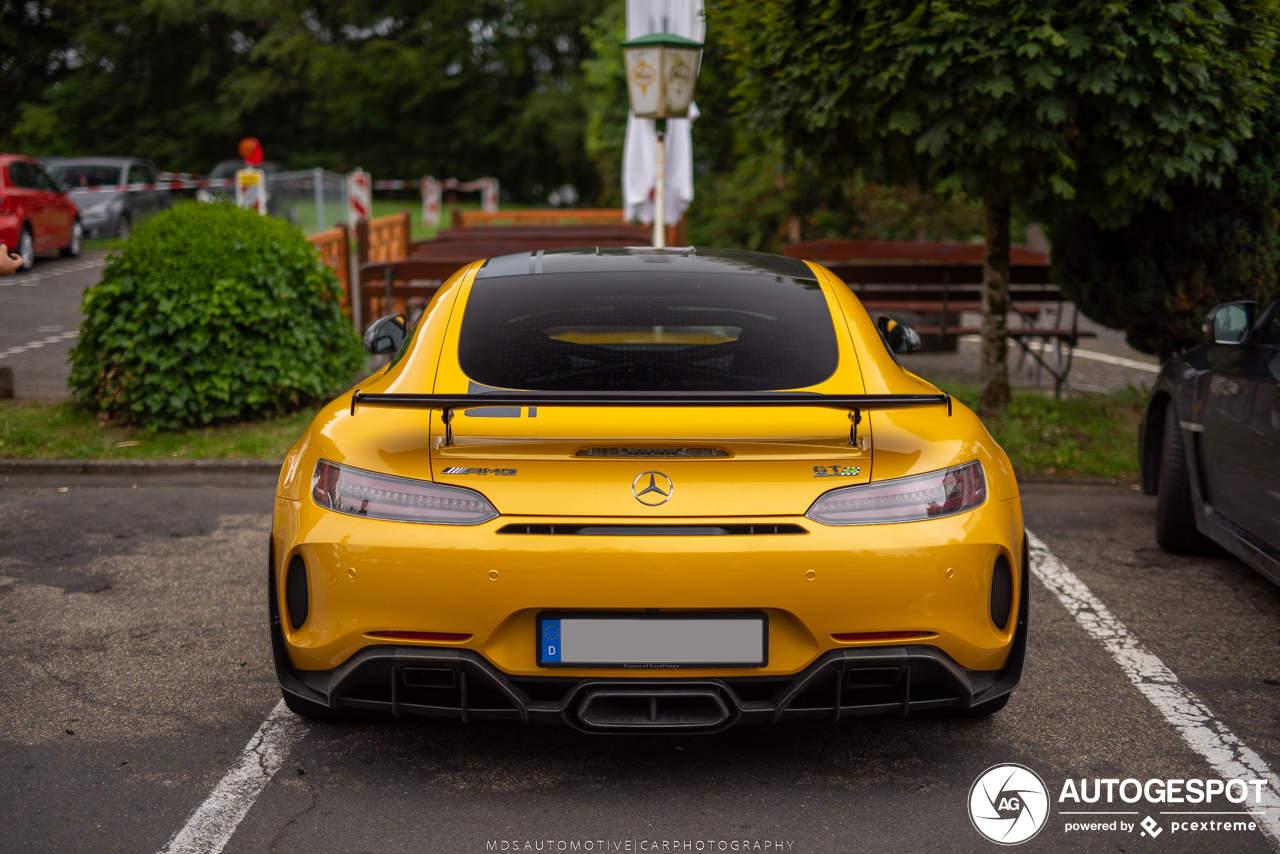 Mercedes-AMG GT R Pro verdient een gele kleur