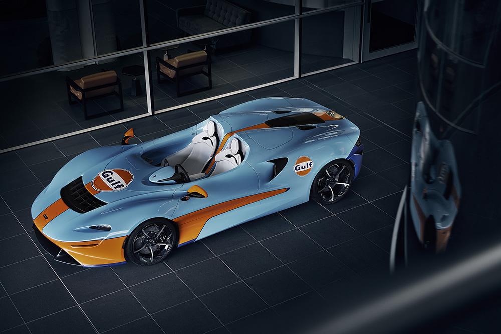 McLaren Elva debuteert in Goodwood met Gulf livery