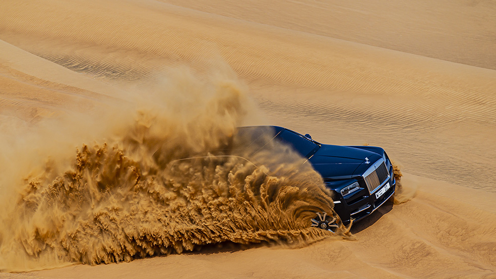 This way you will never see a Rolls-Royce Cullinan again